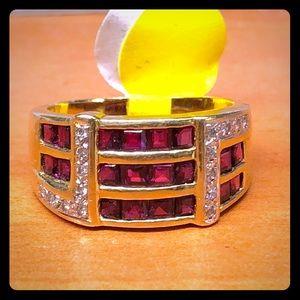 Jewelry - 14kt diamond fashion ring